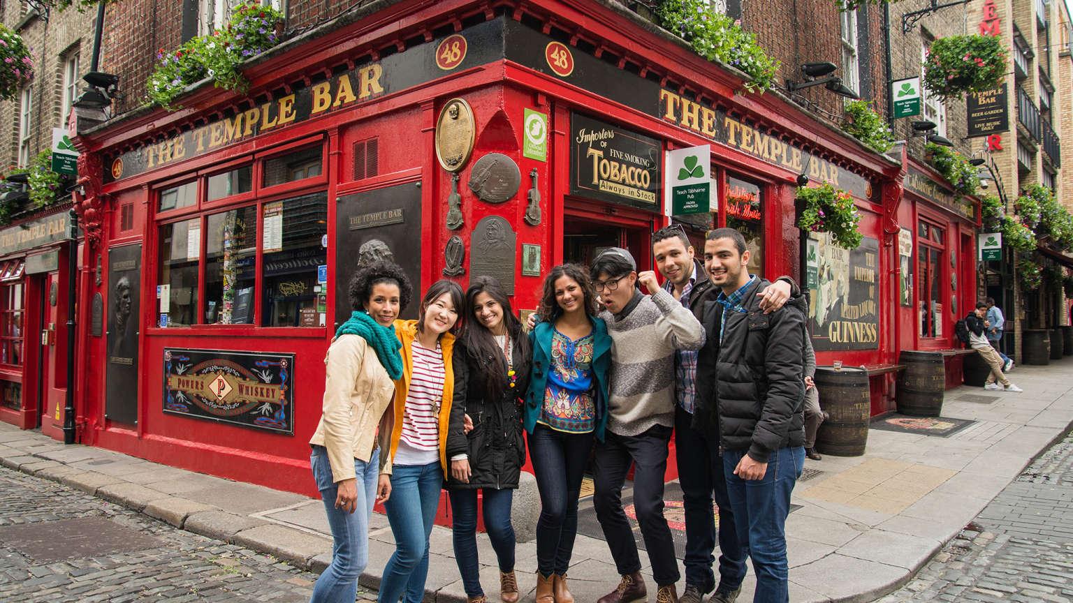 yurtdışında eğitim alan öğrenciler