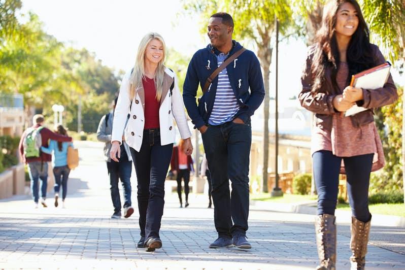 ücretsiz üniversiteler